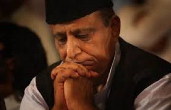 Azam's troubles increase, now stuck in the case