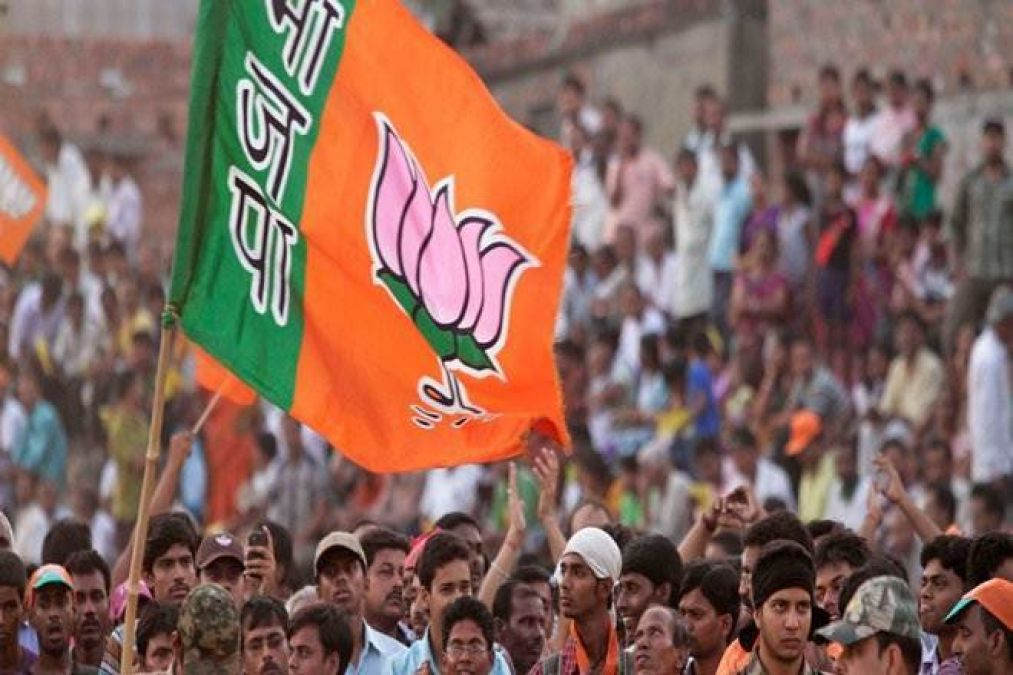A stampede among parties as assembly elections draw nearer, most of them joining the BJP.