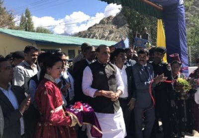 Defense Minister visits Ladakh today, Yechury leaves for Srinagar