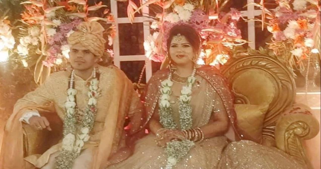 Congress leader Pankhuri and SP leader Anil Yadav married