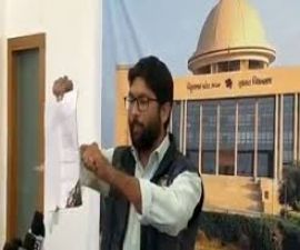 Gujarat: Independent MLA burns copy of Statue of Unity Bill outside the assembly