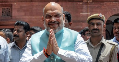 Police performs their duties without seeing religion and caste, respect them: Amit Shah