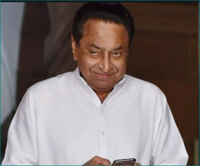 Kamal Nath warns, says 'pen drive of honey trap case is still with me