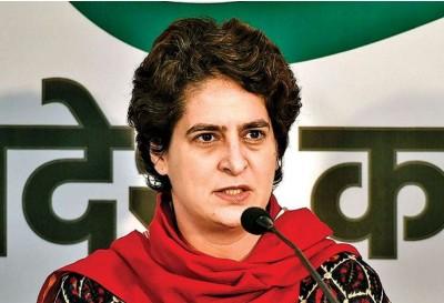 Priyanka in Muzaffarnagar says 'PM Modi traveled around world, but could not wipe...'