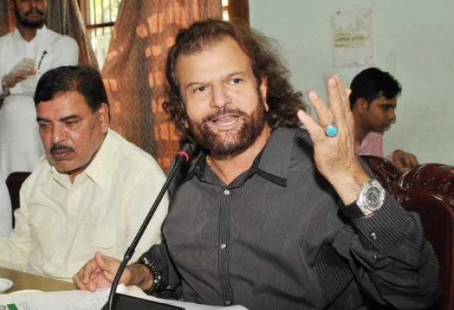 भाजपा सांसद हंस राज हंस को दिल्ली कोर्ट का समन, ये है मामला