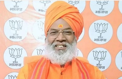 BJP MP Sakshi Maharaj gives statement on Owsisi's entry in UP
