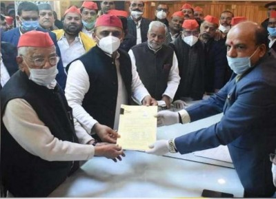 UP MLC elections: Samajwadi Party candidates Ahmed Hassan and Rajendra Chaudhary fill nominations