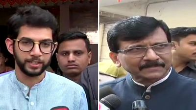 After the Sanjay Raut, Aditya Thackeray has given a statement in the Shiv Sena-Congress about Veer Savarkar