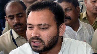 Tejasvi Yadav attacks the state government on crime and health issues