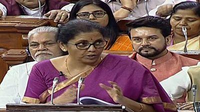 निर्मला सीतारमण ने अपने बजट भाषण में पढ़े उर्दू के शेर, तमिल में कविता भी सुनाई