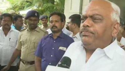 Karnataka: Speaker's important statement, no one's resignation will accept right now