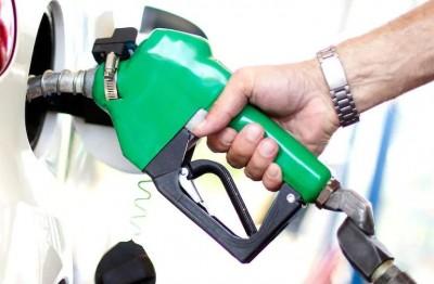Left protests against rising petrol-diesel prices, roars slogans against Modi govt