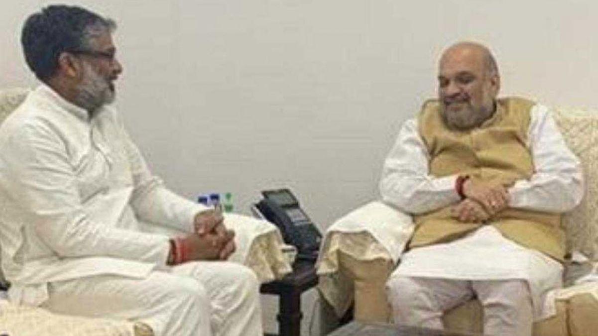 Amit Shah meets SP leader Neeraj Kumar, soon would join