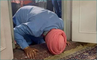 Sidhu becomes Punjab Congress's 'Guru', offers prayers at Patiala Gurdwara