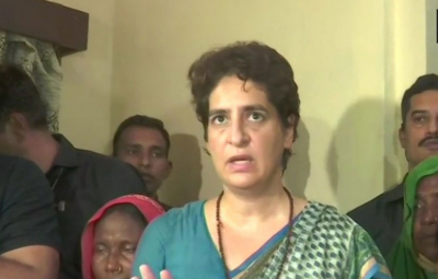Priyanka Vadra promises to pay Rs 10 lakh compensation to victims' kin