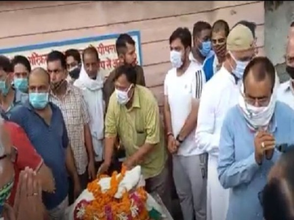 कांग्रेस के टिकट पर 8 बार चुनाव लड़ने वाले 'अम्बरीष कुमार' का निधन, कई राजनेताओं ने जताया शोक