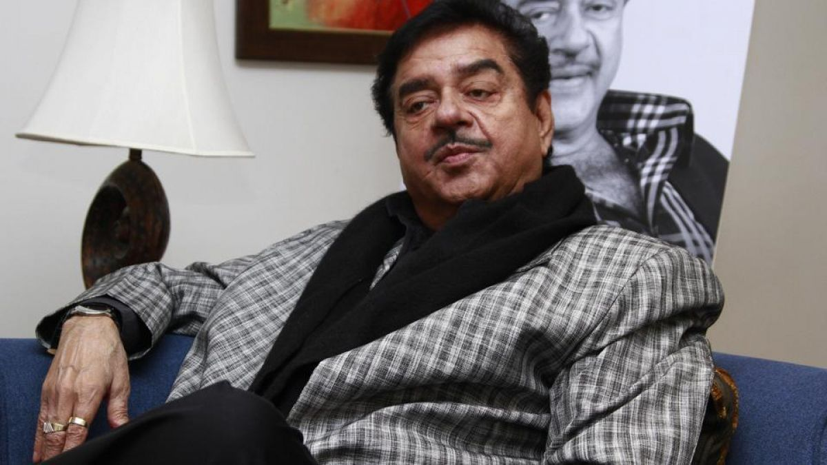 Remember Indiraji when I look Priyanka Vadra : Shatrughan Sinha
