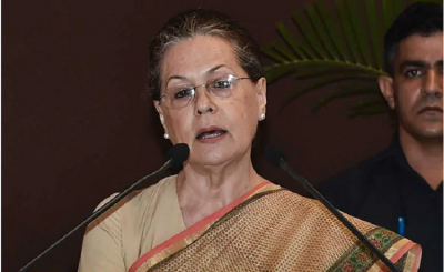 Sonia Gandhi  attacks centre, levelled allegations of removing RTI law