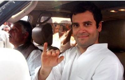 Rahul attacks Modi government over price rise, netizens count Congress 'sins'