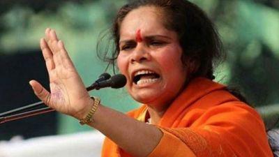 अलीगढ़ हत्याकांड पर फूटा साध्वी प्राची का गुस्सा, कहा - दरिंदों को जिन्दा जला दो, नहीं तो...