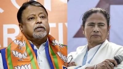BJP leader Mukul Roy meets TMC supremo Mamata Banerjee