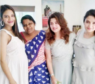 Nusrat Jahan is pregnant, the first picture surfaced while flaunting a baby bump