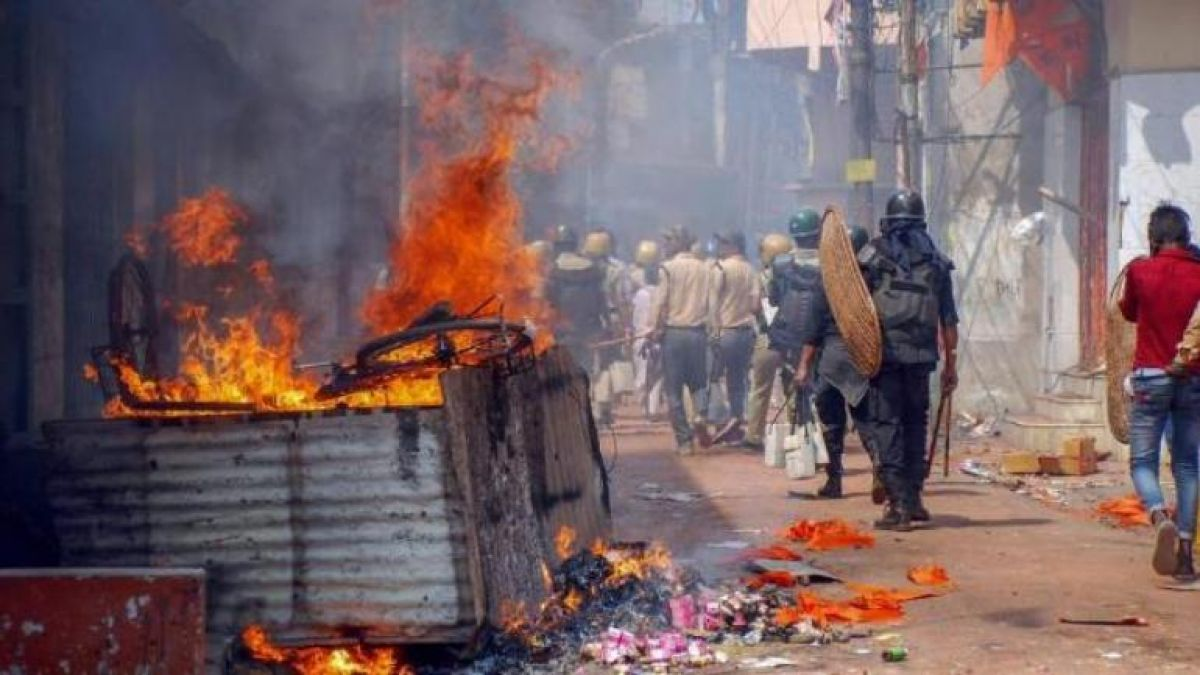 Will governer can stop political violence in Bengal? Convenes all-party meeting