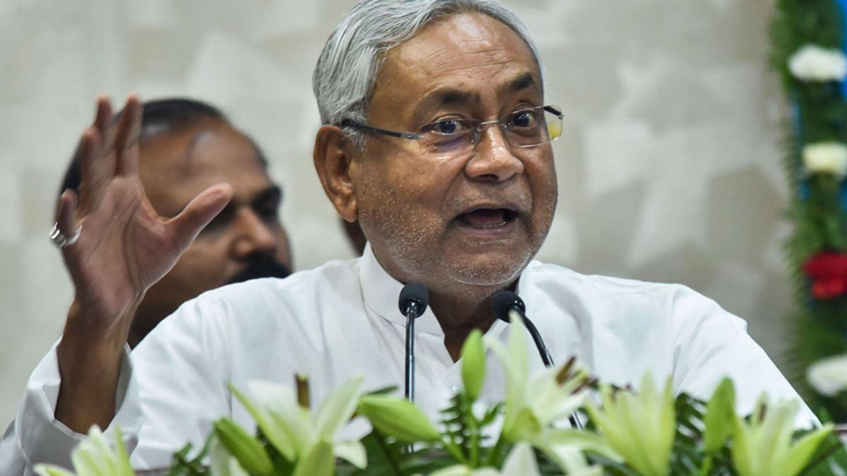 Congress MLAs praise Nitish Kumar, gave statement against RJD