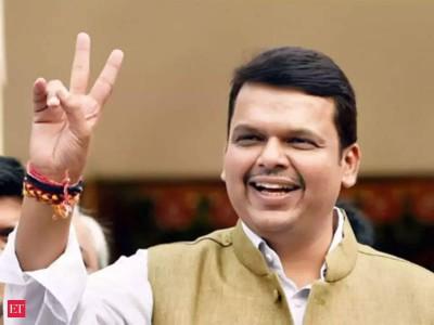 Devendra Fadnavis attacked government, demanded investigation on Corona