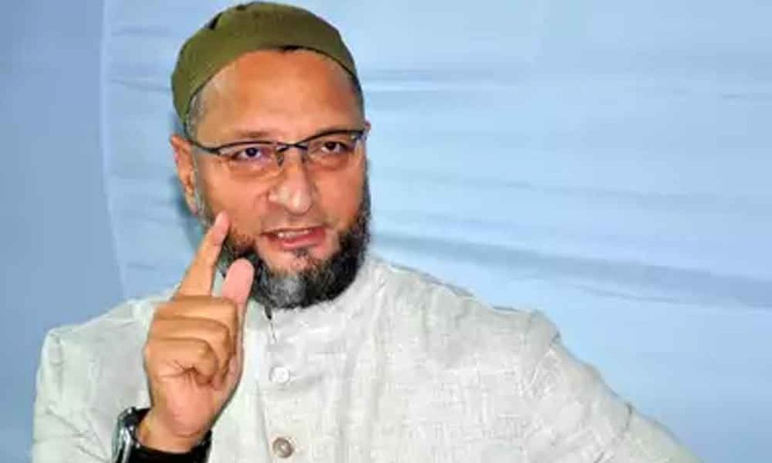 As soon as The Name of Owaisi was called for the swearing-in, BJP MPs started the work