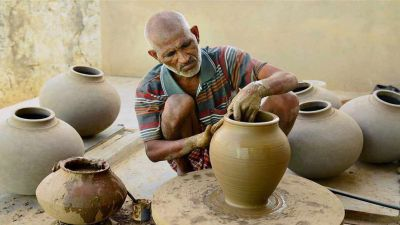 Good news for those associated with Mati art, A big decision taken by the Yogi government