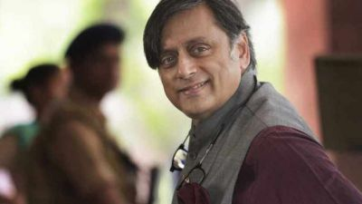 Shashi Tharoor calls 'mushrooms' to cow protectors,  Giriraj Singh replied this