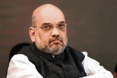 Amit Shah visits Kashmir, meets Sarpanchs
