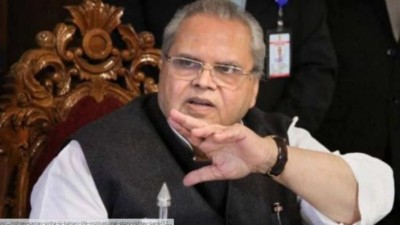 Satyapal Malik landed in support of farmers claims to stop Tikait's arrest