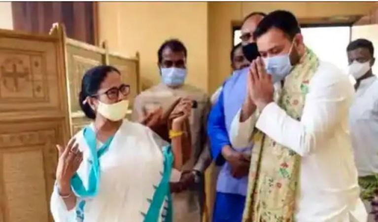 बंगाल में दीदी की हैट्रिक, तेजस्वी ने राज्य की ममतामयी जनता को कहा- 'बधाई हो'