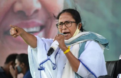CM Mamata statement on Bengal violence said, 'Peace prevailing in the state.. '