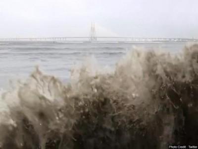 Mamata Banerjee takes stock of cyclonic storm 'Yaas' landfall situation