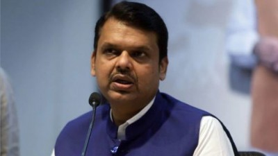 Fadnavis attacks Uddhav government on help, says 'Center gave 28 thousand 704 crores'