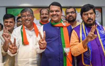 महाराष्ट्र: भाजपा कोर कमेटी की बैठक ख़त्म, शाम तक हो सकता है सरकार बनाने पर फैसला