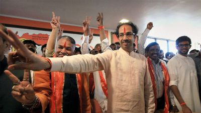 Uddhav Thackeray calls meeting to prevent rebellion among Shiv Sainiks for alliance with BJP
