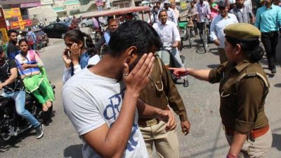 आज़म खान के रामपुर में महिला सिपाहियों के साथ छेड़छाड़, 8 मनचले हुए गिरफ्तार