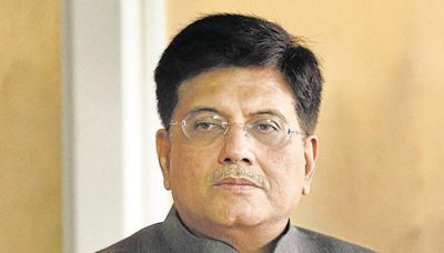 Theft at Railway Minister Piyush Goyal's house, many confidential documents missing