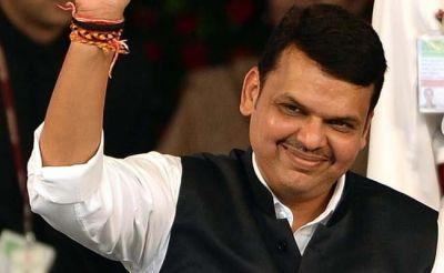 Maharashtra Election: Last day to file nomination, CM Fadnavis filled the form