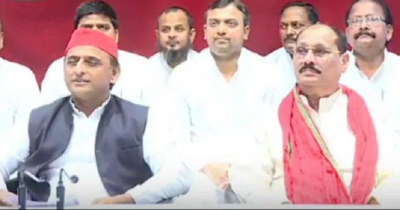 Several leaders including Ramakant Yadav and former BSP MLC joined SP