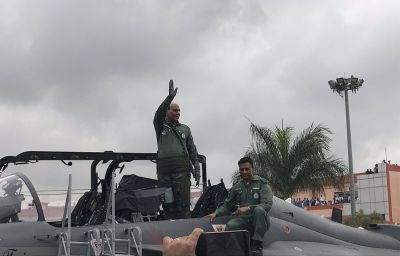 आज भारत को मिलेगा पहला राफेल विमान, पेरिस में शस्त्र पूजन करेंगे राजनाथ सिंह