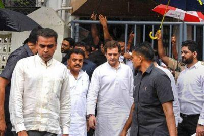 मानहानि मुकदमाः कोर्ट में पेश हुए राहुल गांधी, कहा - आवाज दबाने की कर रहे हैं कोशिश