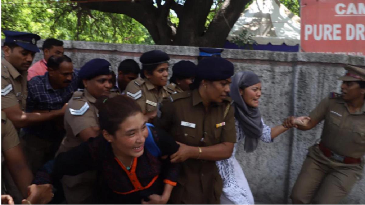 चेन्नई में शी जिनपिंग के दौरे का विरोध कर रहे थे तिब्बती, पुलिस ने किया गिरफ्तार