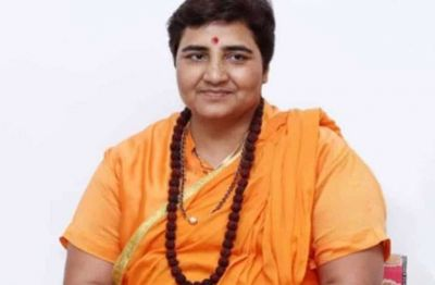 Sadhvi Pragya separated herself from this nationwide campaign of BJP associated with Gandhi