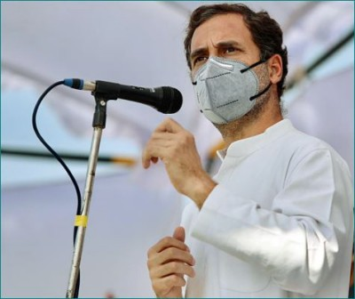 Bihar elections: Rahul Gandhi targets BJP, says, 'Did PM Modi have tea with you all? '
