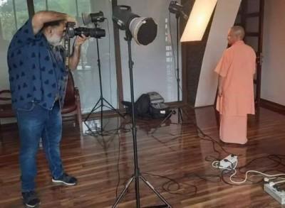 Priyanka Gandhi slams CM Yogi, says, 'Busy in photo session rather than session on women safety'
